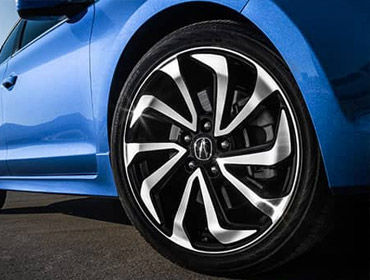 18-inch Alloy Noise-Reducing Wheels