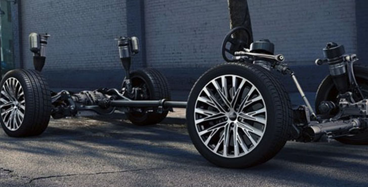 2019 Audi A8 all-wheel steering