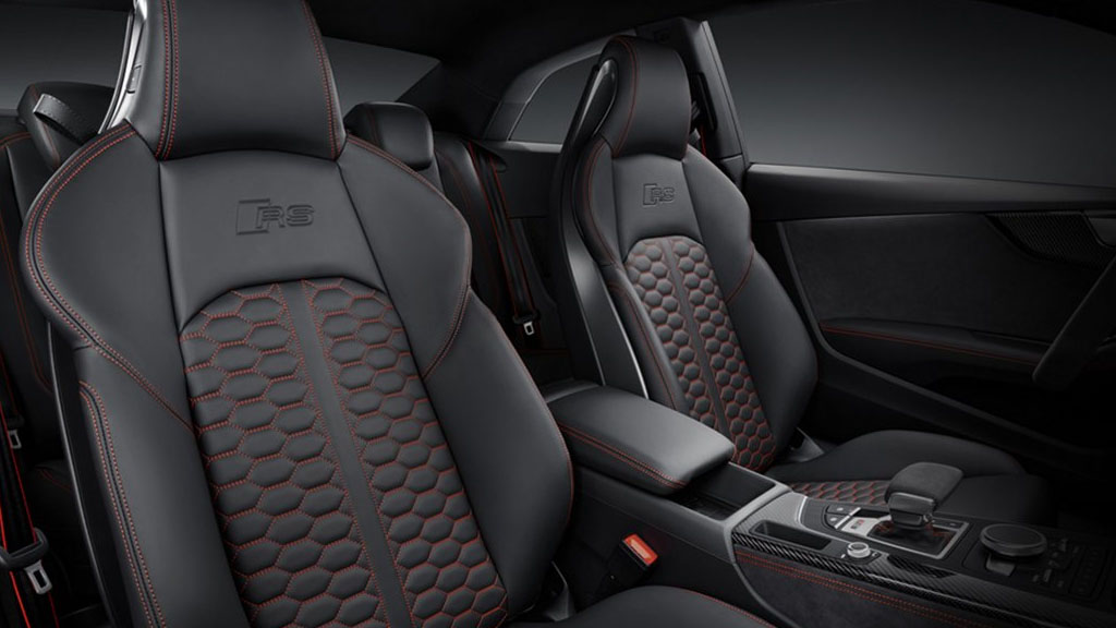 2019 Audi RS 5 Coupe interior