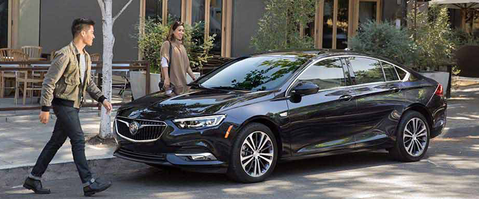 2018 Buick Regal Sportback Appearance Main Img