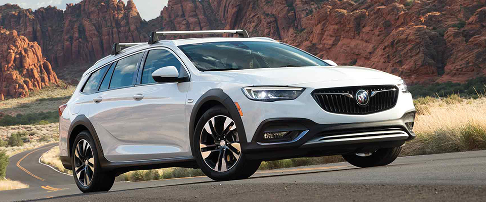 2018 Buick Regal TourX Appearance Main Img