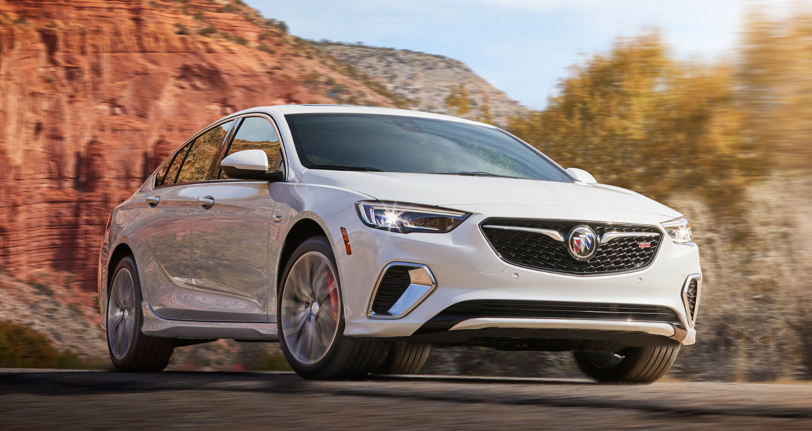 2020 Buick Regal GS Appearance Main Img