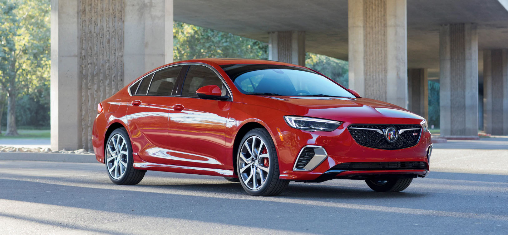 2020 Buick Regal GS Main Img