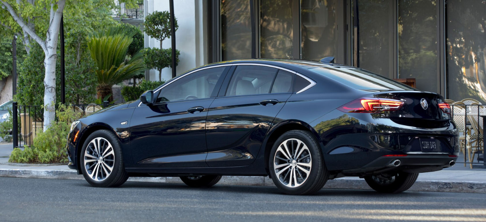 2020 Buick Regal Sportback Safety Main Img