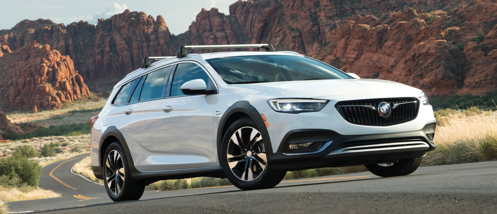 2020 Buick Regal TourX Safety Main Img
