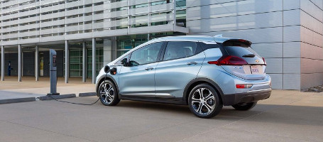 2017 Chevrolet Bolt EV range on a full charge