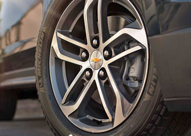 2017 Chevrolet Equinox wheels
