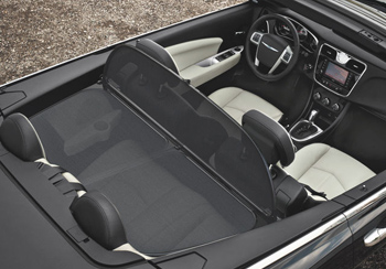 2014 Chrysler 200 Convertible comfort