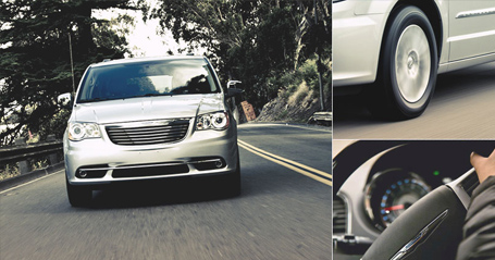 2015 Chrysler Town and Country performance