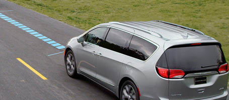 2017 Chrysler Pacifica Hybrid safety