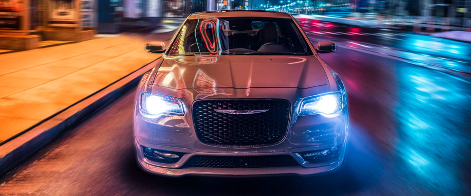2018 Chrysler 300 Main Img