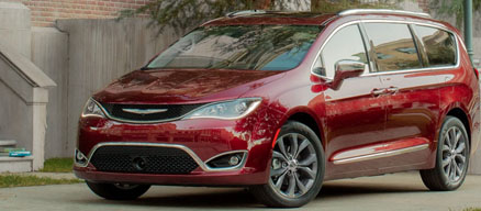 2018 Chrysler Pacifica Hybrid Appearance Main Img
