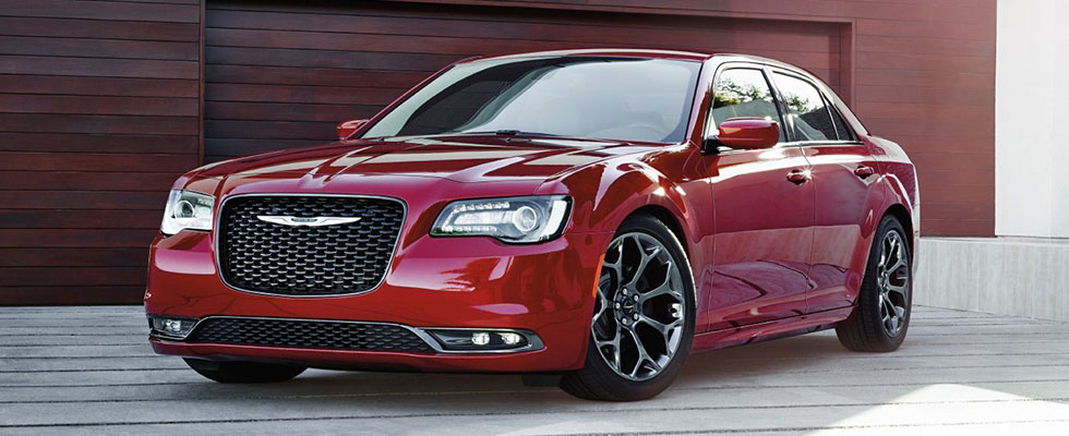 2019 Chrysler 300 Main Img