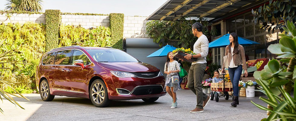 2019 Chrysler Pacifica Hybrid Appearance Main Img
