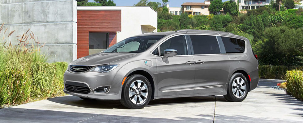 2019 Chrysler Pacifica Hybrid Main Img