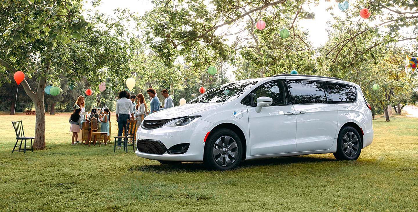 2020 Chrysler Pacifica Hybrid Appearance Main Img