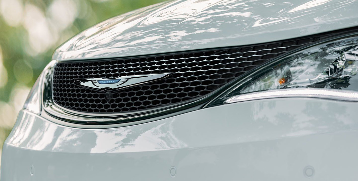 2020 Chrysler Pacifica Hybrid Safety Main Img