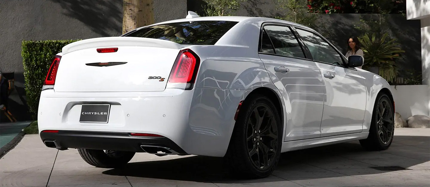 2021 Chrysler 300 Appearance Main Img