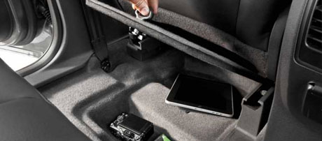 Class-Exclusive Second-Row In-Floor Storage Compartments