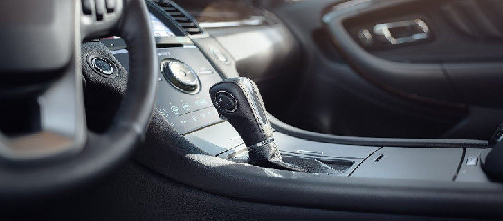 6-Speed SelectShift® Automatic Transmission Sport Mode with Shifter Button Activation