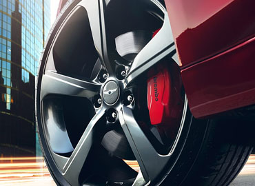 Available 19-Inch Sport Alloy Wheels