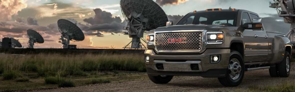 2015 GMC Sierra 3500HD Denali Safety Main Img