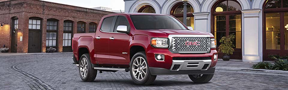 2017 GMC Canyon Denali Safety Main Img