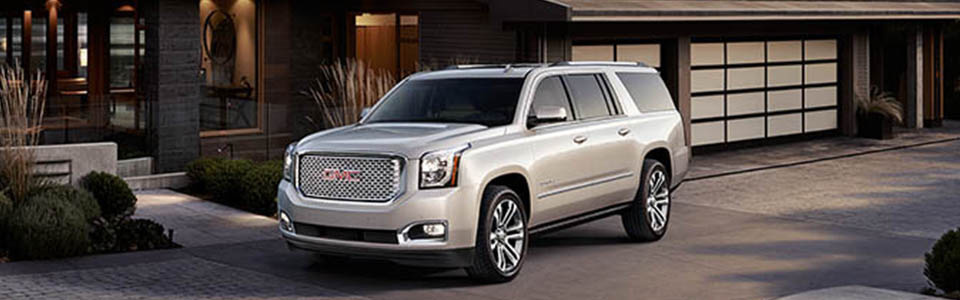 2017 GMC Yukon XL Denali Safety Main Img
