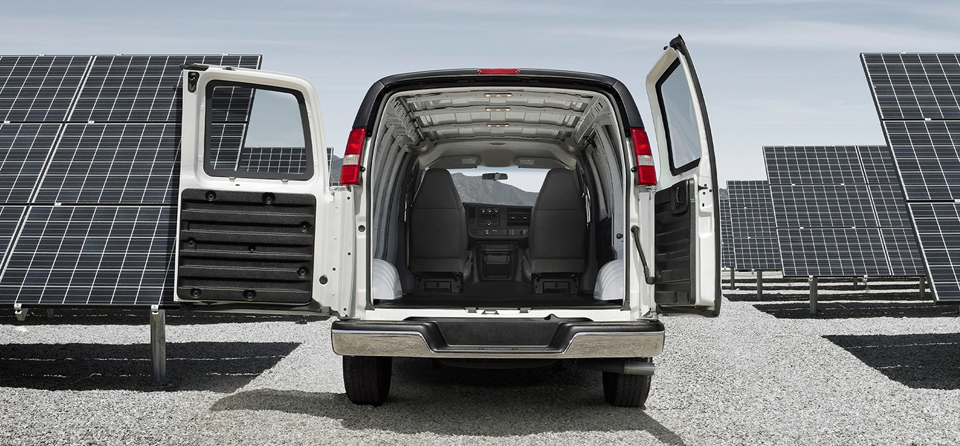 2020 GMC Savana Cargo Van Safety Main Img