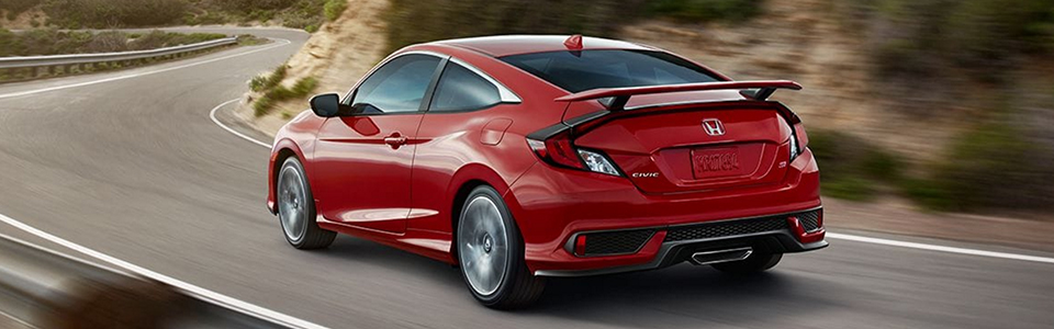 //automotivecdn.com/honda/2017/Civic Si Coupe/2017-Honda-Civic-Si-Coupe-safety1.jpg