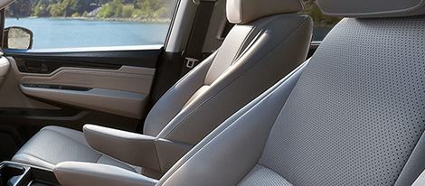 2019 Honda Odyssey Leather-Trimmed Seating