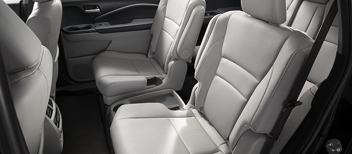 2019 Honda Pilot 2nd-Row Captain's Chairs