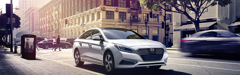 2017 Hyundai Sonata Hybrid Safety Main Img