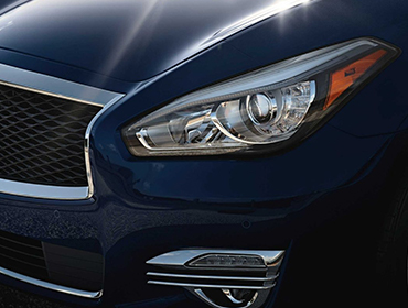 2019 INFINITI Q70L LED headlamps