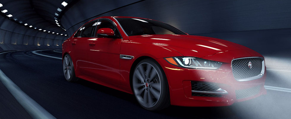 2016 Jaguar XE Sedan Main Img