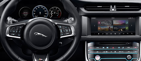2018 Jaguar XF Sedan comfort