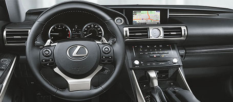 2016 Lexus IS comfort