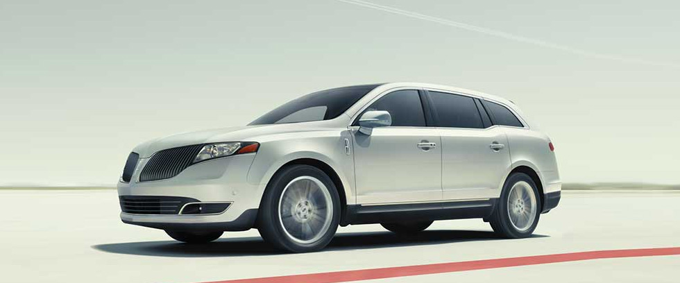 2015 Lincoln MKT Appearance Main Img