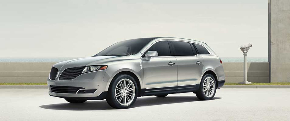 2015 Lincoln MKT Main Img