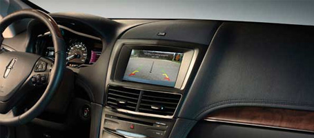 2015 Lincoln MKT safety