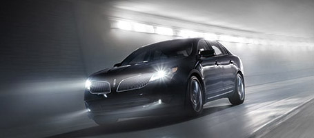2016 Lincoln MKS performance