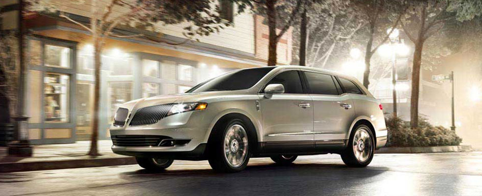 2016 Lincoln MKT Appearance Main Img