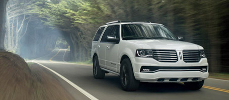 2016 Lincoln Navigator performance