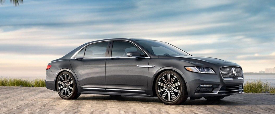 2018 Lincoln Continental Main Img