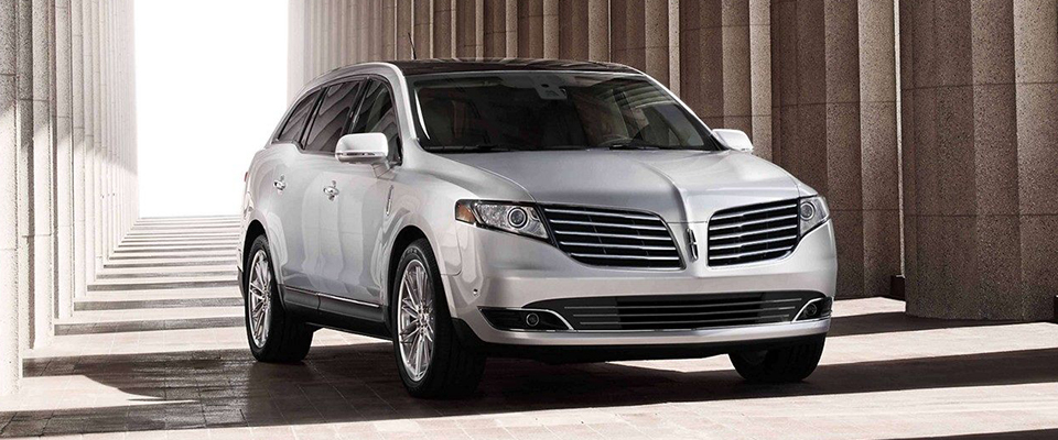 2019 Lincoln MKT Main Img