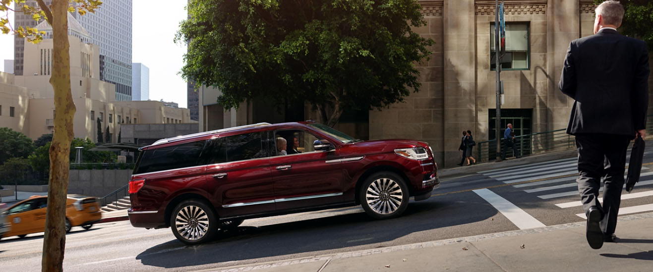 2020 Lincoln Navigator Appearance Main Img