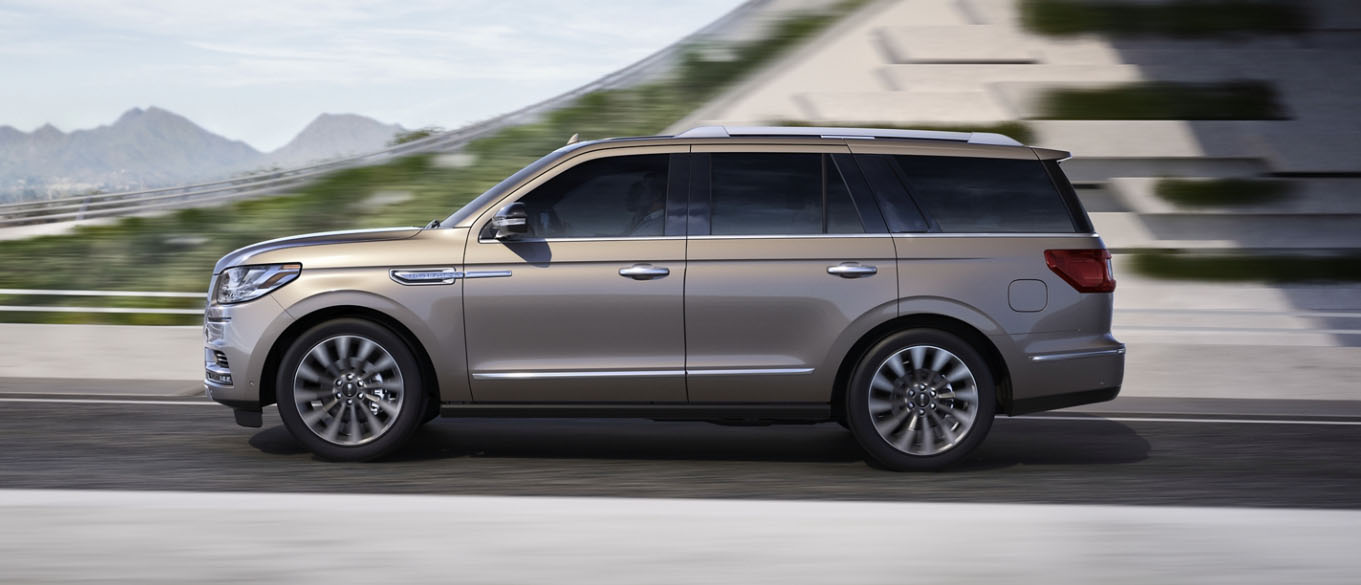 2020 Lincoln Navigator Safety Main Img