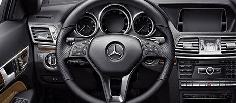 3-Spoke Multifunction Steering Wheel