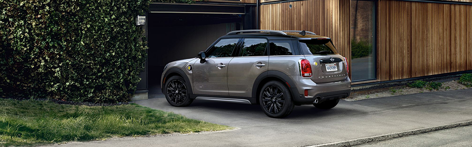 2019 Mini Plug-In Hybrid Safety Main Img