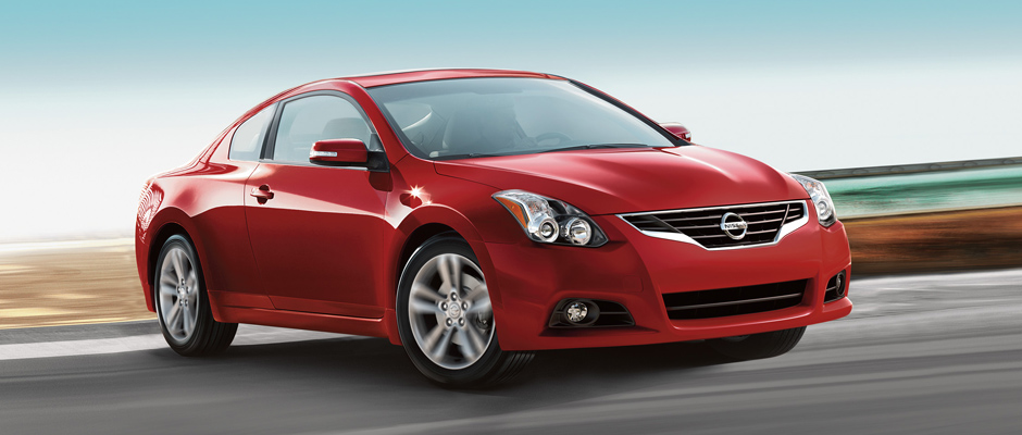 2013 Nissan Altima Coupe appearance